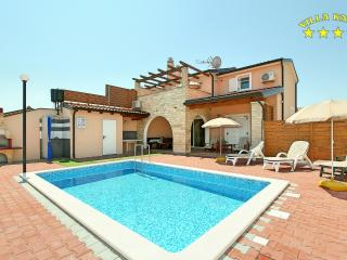 Villa Katy with Pool for 8 Persons in Kaštel - Buje vacation rentals
