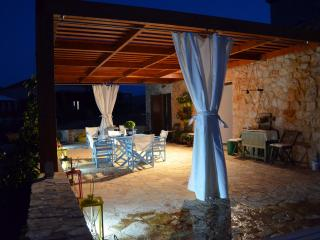 Comfortable 2 bedroom Halki Villa with Internet Access - Halki vacation rentals