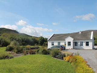 Traditional Irish Cottage, Stunning Views - Dingle vacation rentals