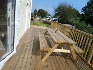 Premier 4 Bedroom Cottage, Seaview, Isle of Wight - Seaview vacation rentals