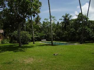 Atmospheric colonial villa amongst coconut palms - Unawatuna vacation rentals