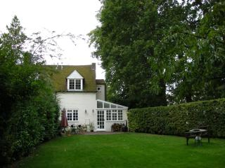 Cottage in Milton Keynes, Buckinghamshire, England - Milton Keynes vacation rentals
