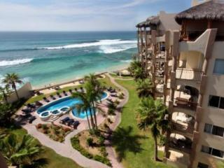 Beachfront 4 bedroom Penthouse, private rooftop - San Jose Del Cabo vacation rentals