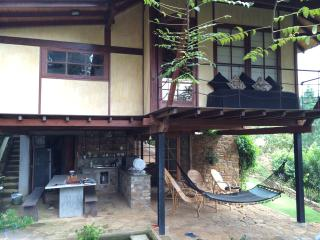 Lovely 2 bedroom Peradeniya House with Porch - Peradeniya vacation rentals