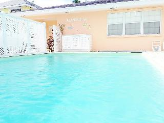 Mandalay Town-house 3 Minutes from Ocean - Nassau vacation rentals