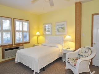 CV1B: Shell Castle 1B - Studio - Ocracoke vacation rentals
