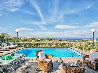 4 bedroom Villa in Stavros, Chania, Chania, Crete, Greece : ref 2099062 - Stavros vacation rentals