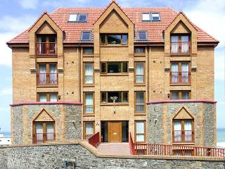 37 OCEAN PARK, romantic, with sea views in Westward Ho!, Ref 912774 - Westward Ho vacation rentals