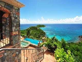 Nice 4 bedroom House in Rendezvous Bay with Internet Access - Rendezvous Bay vacation rentals