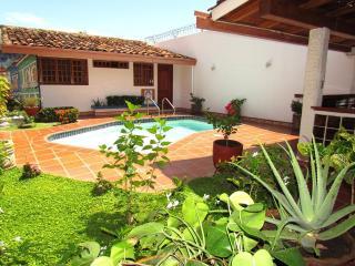 4 bedroom House with Internet Access in Granada - Granada vacation rentals
