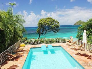 Serenata de la Playa - Rendezvous Bay vacation rentals