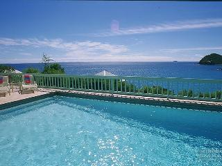 Lovely 4 bedroom House in Rendezvous Bay - Rendezvous Bay vacation rentals