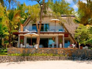 3BR Beachhouse Villa in Roches Noires, Mauritius - Roches Noire vacation rentals
