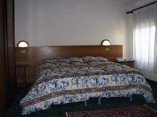 Residence Roma Camera Doppia 03 - Pravisdomini vacation rentals