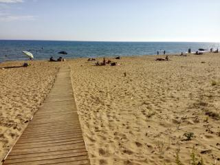 Nice B&B with Deck and Internet Access - Marinella di Selinunte vacation rentals