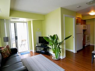 Beautiful 2 Bedroom Condo near Square One - Mississauga vacation rentals
