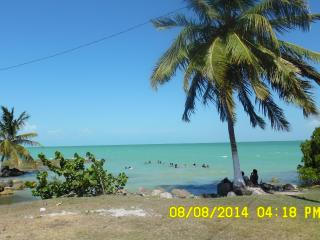 Charming Cottage for Rent - 650.00/U.S. Corozal, B - Cerros vacation rentals