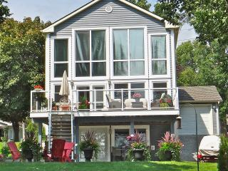Gorgeous Lake Simcoe Waterfront Home For Rent - Orillia vacation rentals