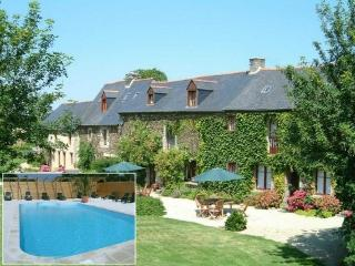 Tarais House Dinan:16th c. with h. Pool 10p/14p - Allineuc vacation rentals