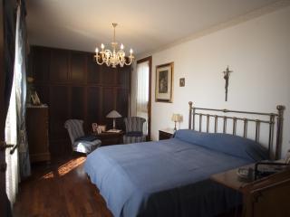 Cozy 2 bedroom Villa in Terrasini with Dishwasher - Terrasini vacation rentals