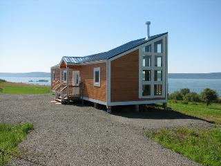 The Kahuna Cottage - Advocate Harbour vacation rentals