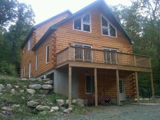 Magical Log Chalet with Sauna - Chatham vacation rentals