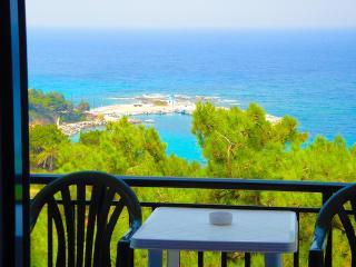 6 bedroom House with Internet Access in Gialiskari - Gialiskari vacation rentals