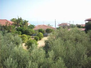 Beach house -3 min from the sea - Xylokastro vacation rentals