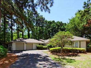 4BR/4BA Home with a Huge Lanai, Screened in Pool, and A Private Fishing Dock - Hilton Head vacation rentals