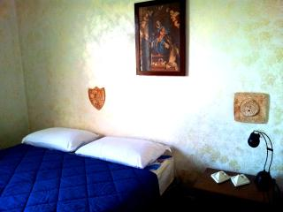 Room Economy 2 Near Vatican Museum - Rome vacation rentals