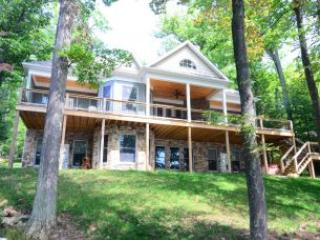 Bright House with A/C and Hot Tub - Swanton vacation rentals