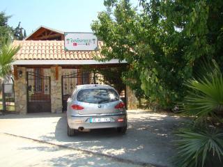 in Kusadasi with swimming pool inside site. - Aegean Region vacation rentals