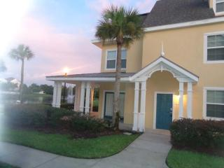 Beautiful Lakeside Condo, Gated Resort, 2 Bedrooms - Kissimmee vacation rentals