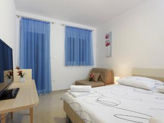 Double room with balcony (7) - Podstrana vacation rentals