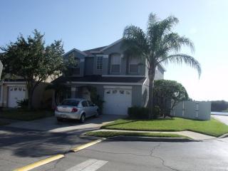4 bedroom Villa with Internet Access in Buena Ventura Lakes - Buena Ventura Lakes vacation rentals