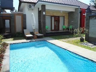 3 bed pool villa walk to Sanur beach & restaurants - Sanur vacation rentals