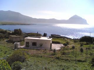 Cozy 3 bedroom Villa in Macari with Deck - Macari vacation rentals
