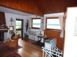 The little house in the Castle - Passignano Sul Trasimeno vacation rentals