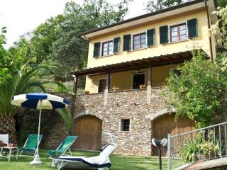 Nice Farmhouse Barn with Deck and Internet Access - Forte Dei Marmi vacation rentals