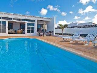 Villa Yeni - heated pool - Playa Blanca vacation rentals