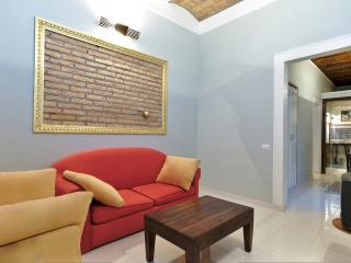 Pomo d'Oro House - Rome vacation rentals