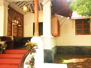 48) Traditional Heritage Portuguese Villa SLP 7 - Assagao vacation rentals