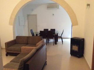 Central apartment with private sun terrace Swieqi - Swieqi vacation rentals