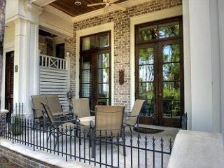Vacation in this Le Jardin Townhome at the heart of the Village! - Sandestin vacation rentals