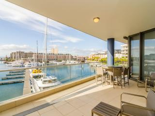 Mountain Marina V&A Waterfront Apartment - Sea Point vacation rentals
