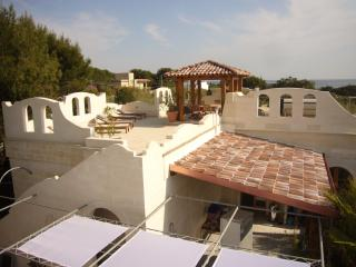 Comfortable 3 bedroom Manduria House with A/C - Manduria vacation rentals