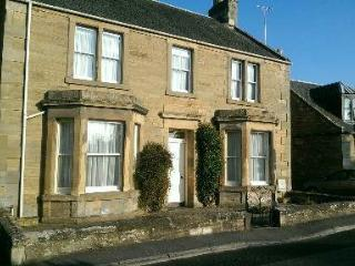 Moatville, Cupar (centre) 2 bedrooms ground floor - Cupar vacation rentals