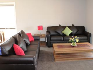 4 bedroom House with Deck in Lalor - Lalor vacation rentals