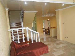 Barrio Barretto House, Subic Bay - Olongapo vacation rentals