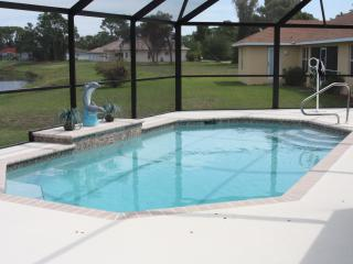 Beautiful home 15 min. from beach - Rotonda West vacation rentals